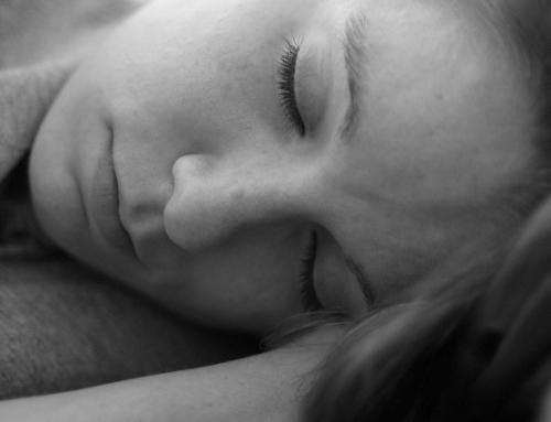 Forschung: Schwere Bettdecken lindern Schlafstörungen und Ängste
