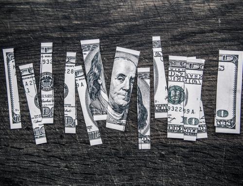 Wie man seine Beziehung zu Geld heilen kann (eine einfache Übung)