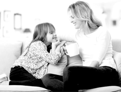 Psychologie: Diese 5 Fragen können Dein Kind glücklicher machen