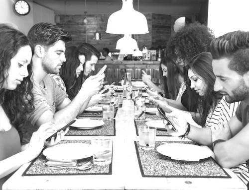 Wie unsere Handys unsere Beziehungen kaputtmachen